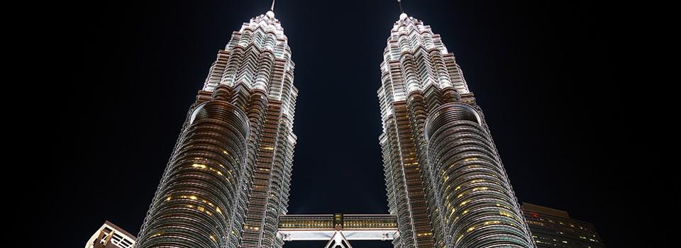 Malaysia twin towers night view